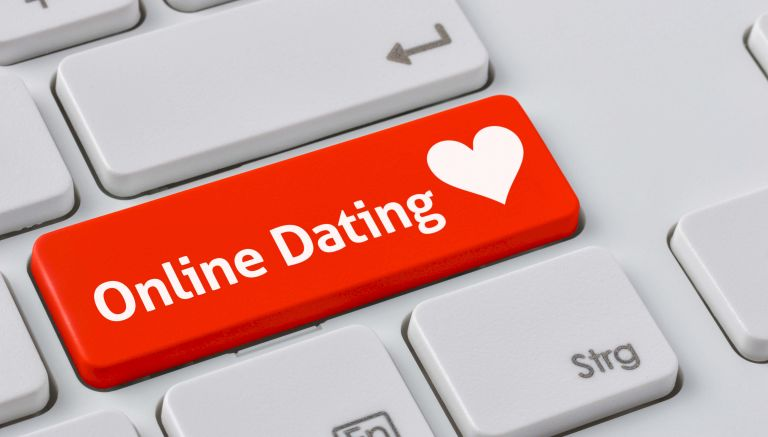 How do online dating sites work